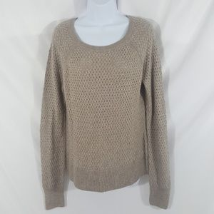 American Eagle Outfitters Sweater Size Medium